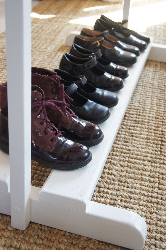 clothes + shoe rack : base