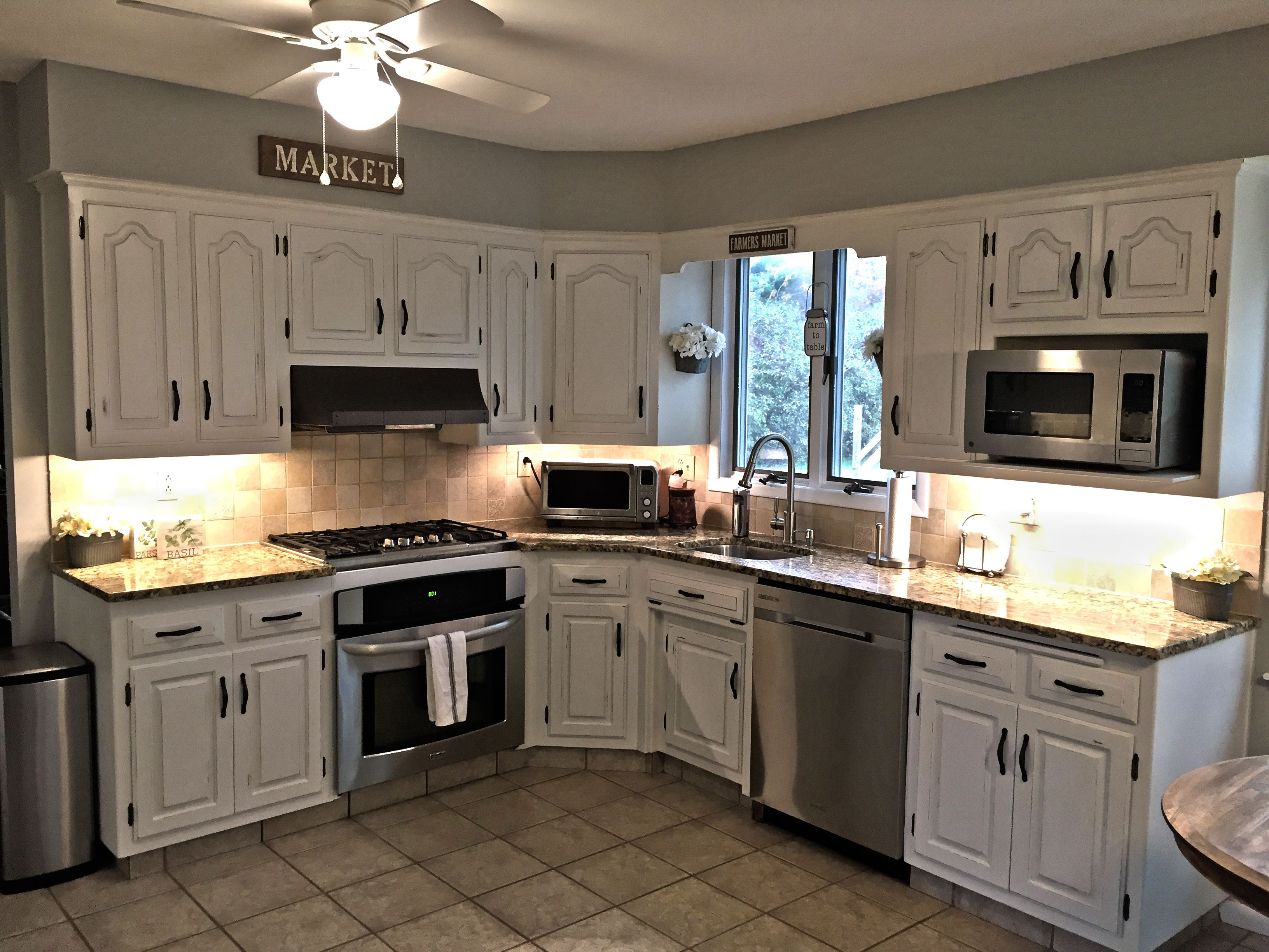 Completed Kitchen Chalk Paint Kitchen Cabinets Painting Kitchen Cabinets Chalk Paint Kitchen Cabinets White