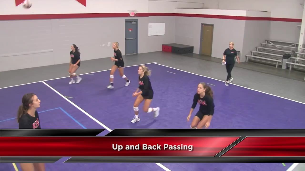 Ball Control Up And Back Passing Drill With Anne Kordes Univ Of Louisville Volleybaltraining Volleybal