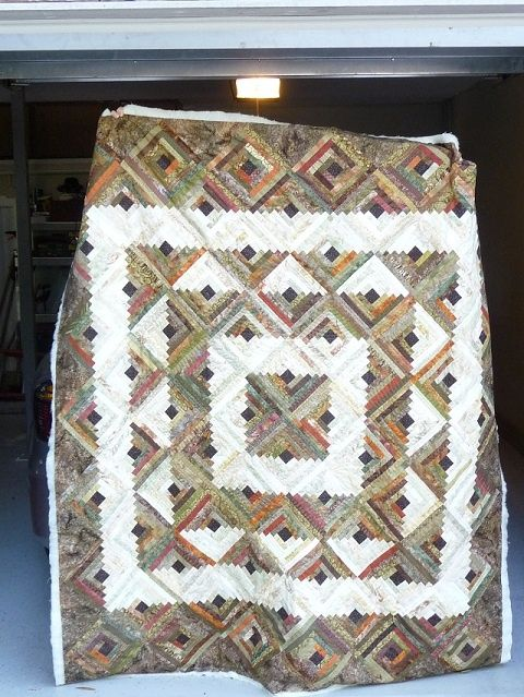 Log Cabin #Quilt with interesting square setting | Log Cabin quilt ... : quilt settings - Adamdwight.com