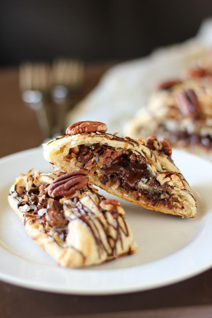 """""""Magic"""" Chocolate, Coconut, and Pecan Pastry Braid. #food #pastry #dessert"""