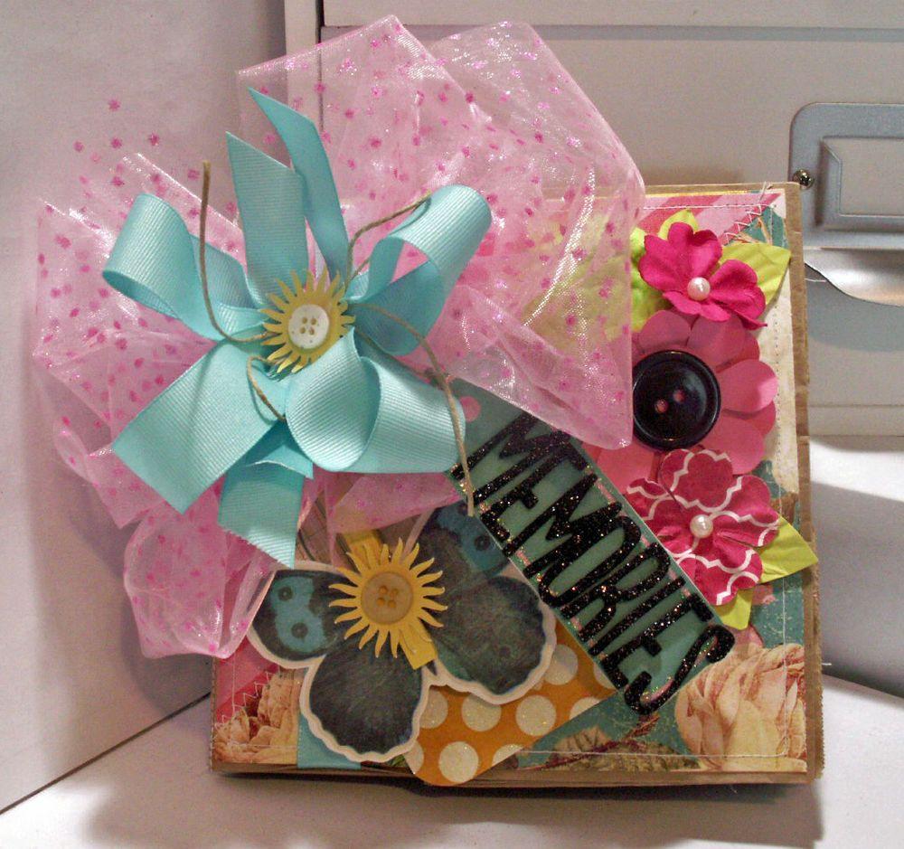 Handmade scrapbook paper bag mini album~CUTE!