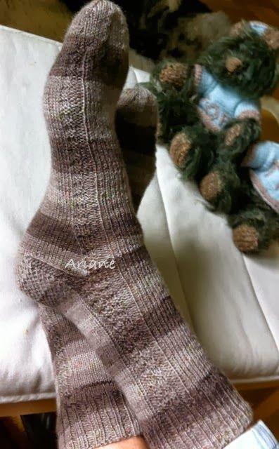 Strick-Blume \'s ❀: Einfaches Sockenmuster . . .   Socks   Pinterest ...