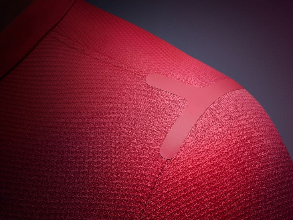 RECYCLED POLYESTER  The kit is made from recycled polyester as part of Nike's commitment to produce performance apparel with reduced environ...