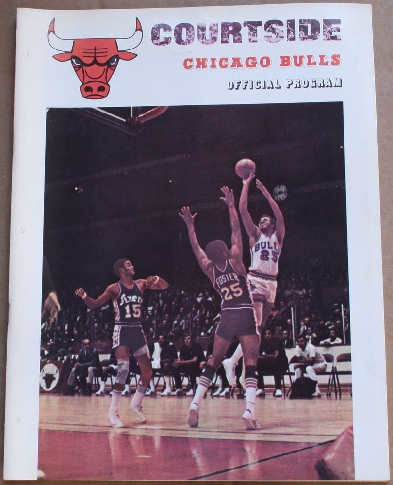 1971 72 Chicago Bulls Boston Celtics Program Chet Walker Cover