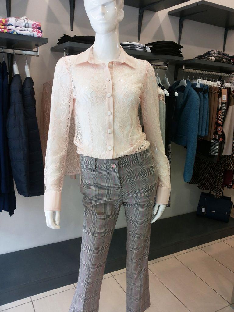 Sarah Chole nuovi arrivi .#swagstoretimodellalavita #originalswagstore #swagstore #sarahchole #everis #abbigliamento #clothing #donna #borse #bags #swag #italy #italia #love #fashion #selfie #business #news #follow #images #sales #collection #fashionweek #fashionaddict #fashiondaily #colorful #style #vogue #moda #stile #madeinitaly #totallook #original #cool #unique #woman #glam #glamour #beautiful