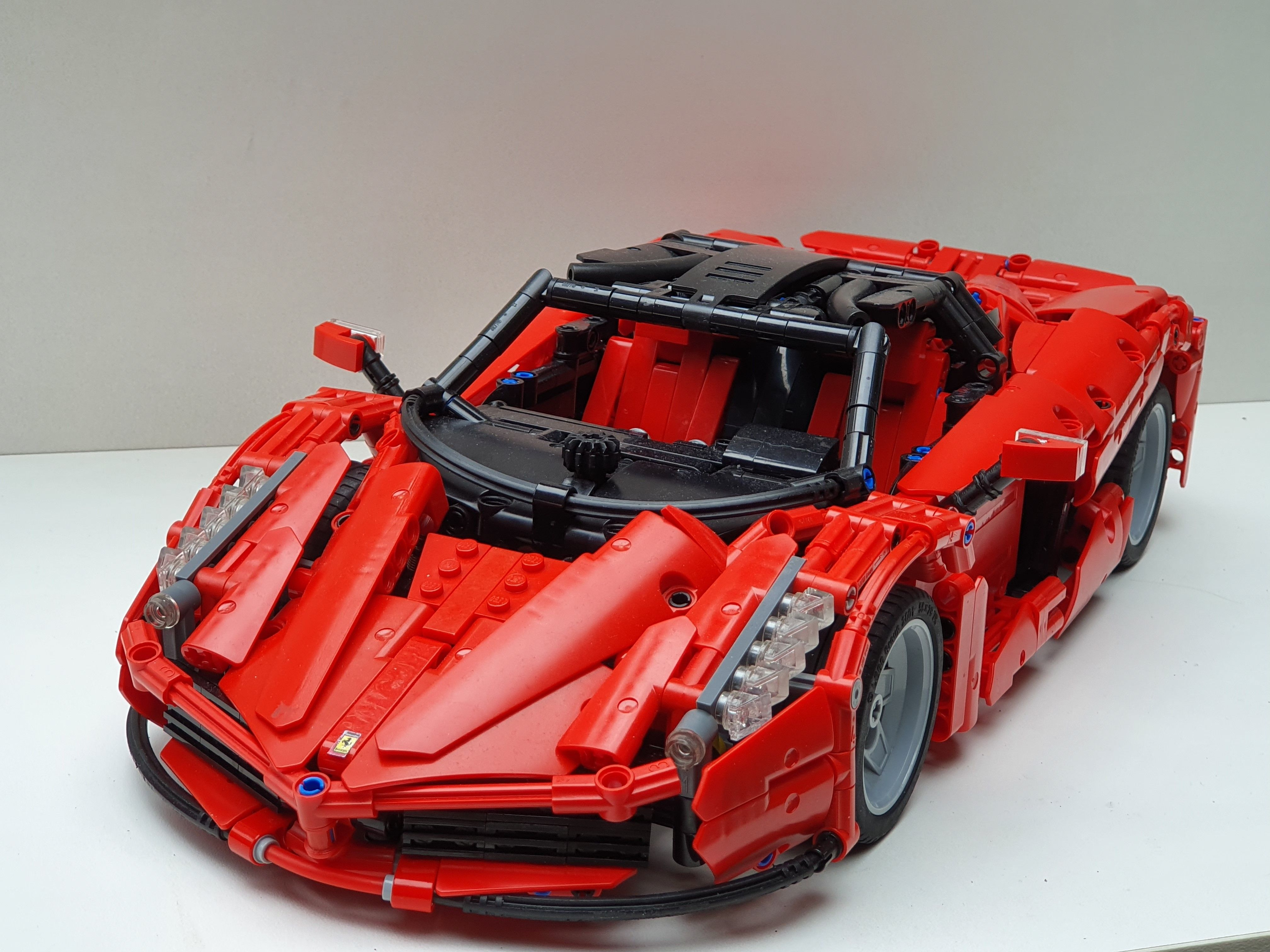 Moc Ferrari Laferrari 1 11 Hypercar W Instructions Lego Technic And Model Team Eurobricks Forums Lego Cars Lego Technic Lego Motorbike
