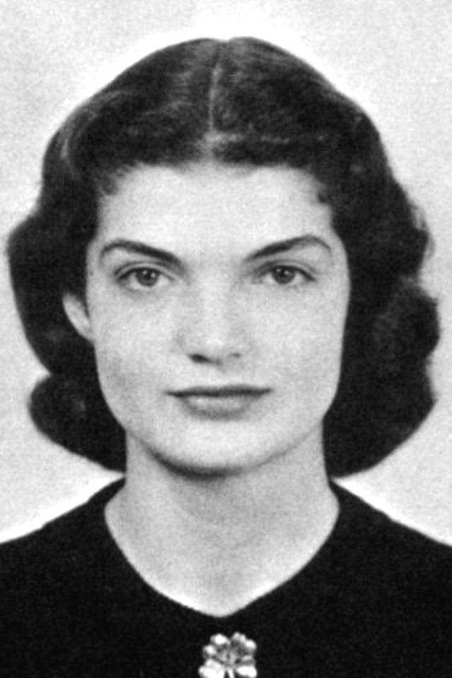 "Miss~~Jacqueline Lee (Bouvier) Kennedy Onassis ""Jackie"" (July 28, 1929 – May 19, 1994).❤❤❤ ❤❤❤❤❤❤❤   http://en.wikipedia.org/wiki/Jacqueline_Kennedy_Onassis"