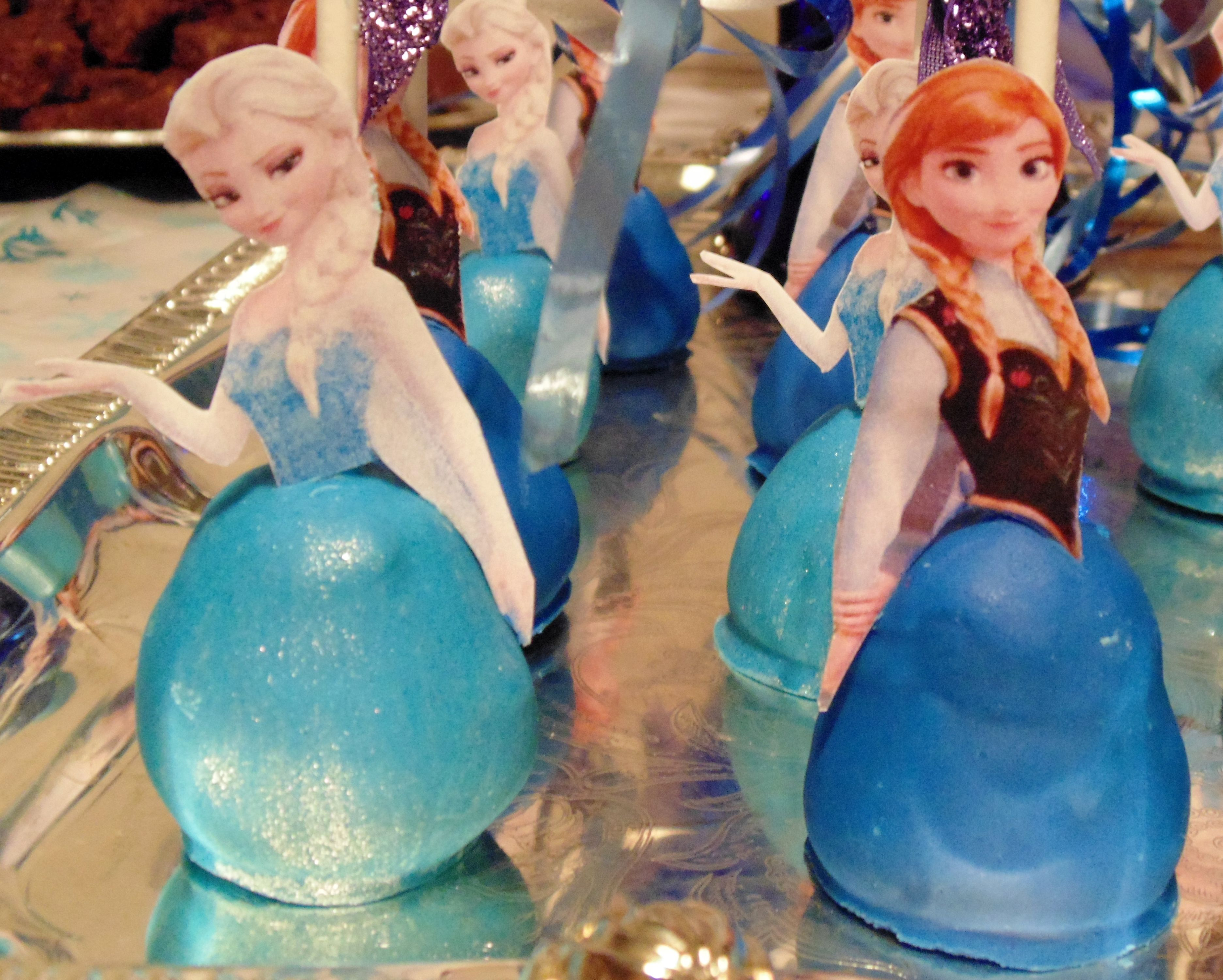 Bella Wanted A Frozen Themed Birthday Party This Year