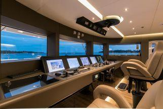 Yacht bridge design all