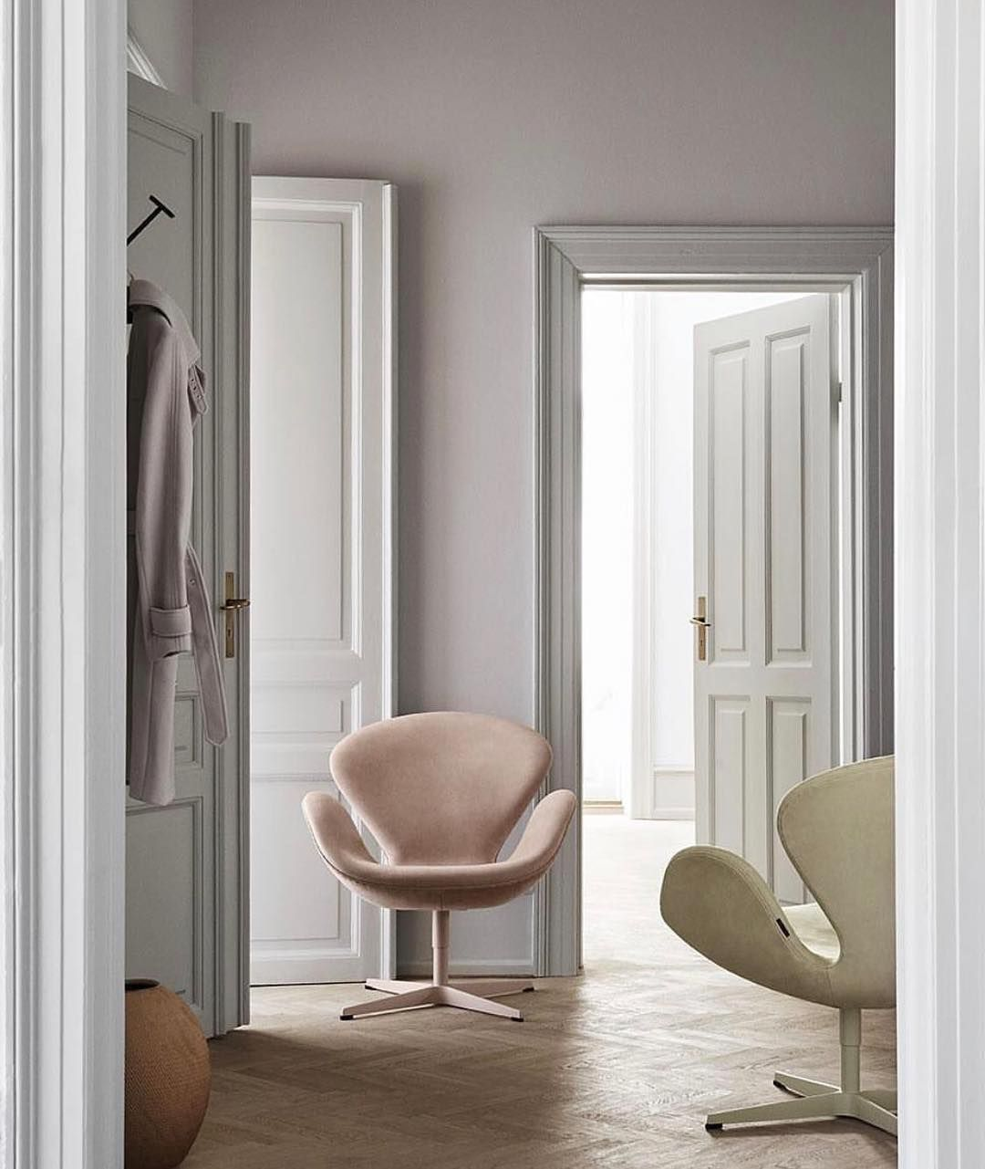 Arne jacobsen interior s w a n s u swan chairs in pastel  by fritzhansen love