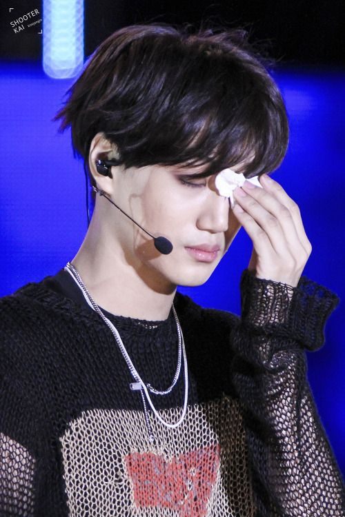 Kai - 150524 2015 Lotte Duty Free Family Festival K-pop Concert - 15/19 Credit: ShooterKai. (2015 롯데면세점 패밀리페스티벌 케이팝 콘서트)