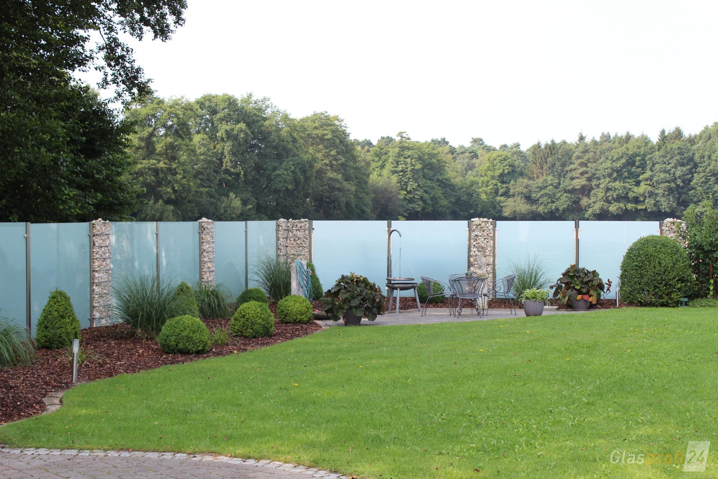 Glaszaun Fur Sichtschutz Im Garten Und Auf Der Terrasse Modern