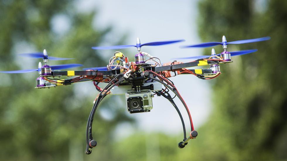 Los Drones El Regalo Tecnológico De Moda Telediario Online Completo Y Gratis En A La Carta Todos Los Informativos Onl Drones Tecnologico Nuevas Tecnologías