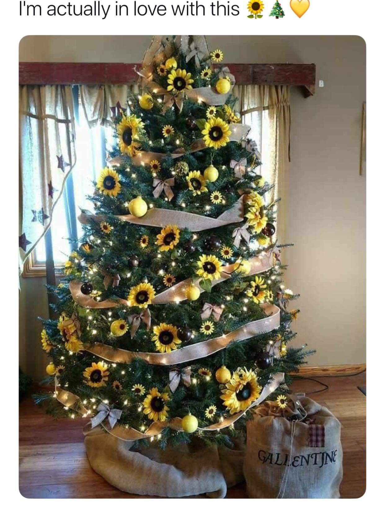 Sunflower Christmas tree #sunflowerchristmastree