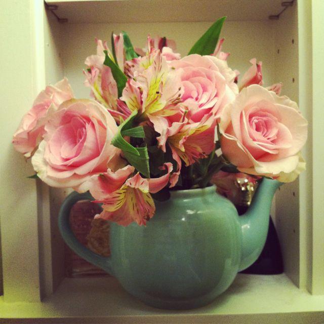 Teapot Vase Flowers Pinterest Teapot