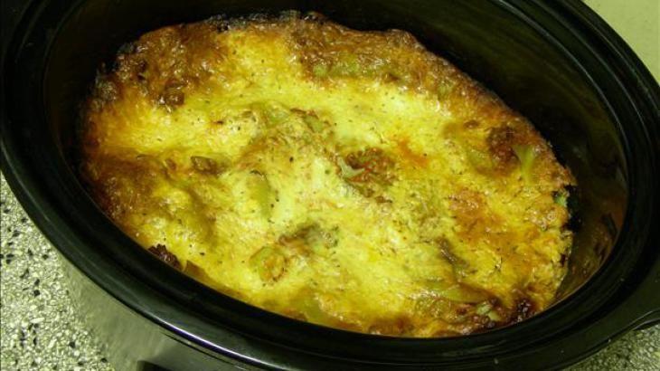 Crock Pot Lasagna | Crockpot lasagna, Crock pot lasagna ...