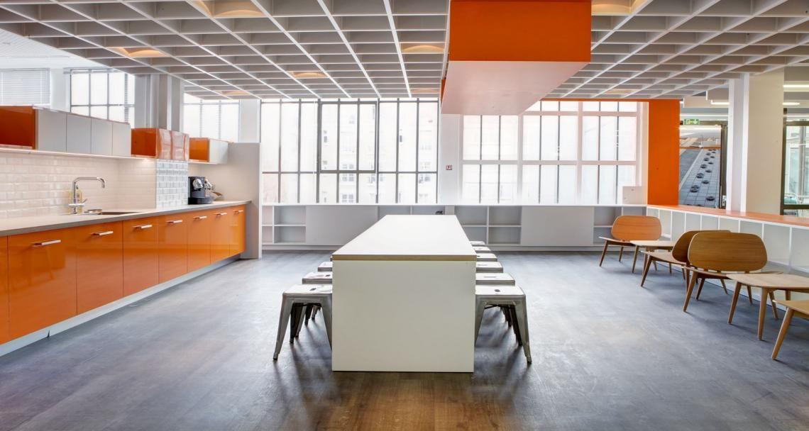 Caf t ria dans les bureaux du leader business clichy - Office de tourisme de clichy ...