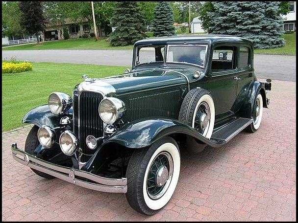 1932 Chrysler Victorian Coupe (Chrysler Corp Auburn