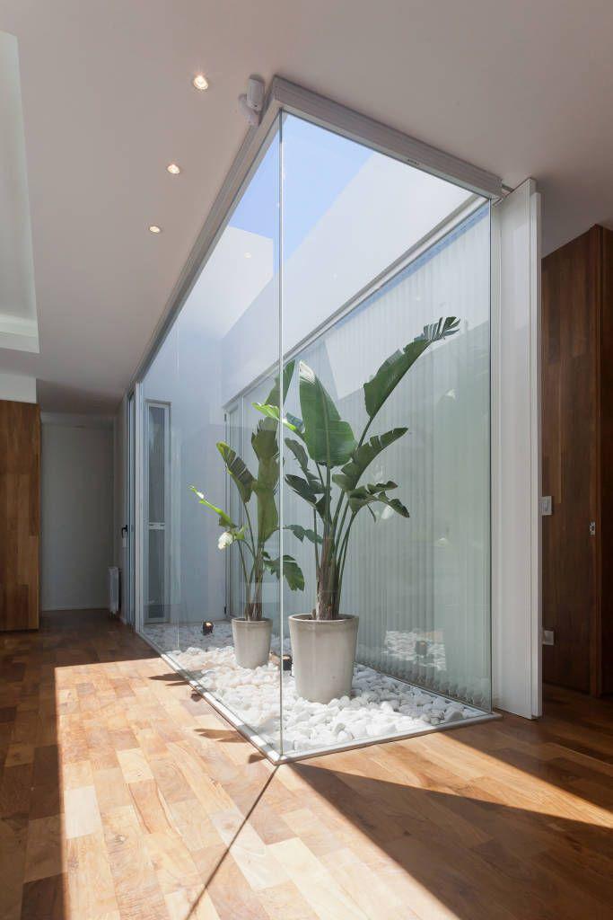 Terrazas de estilo por vismaracorsi arquitectos moderno - Jardines exteriores de casas modernas ...
