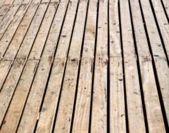 How To Clean Mold And Mildew From Wood Decks Diy