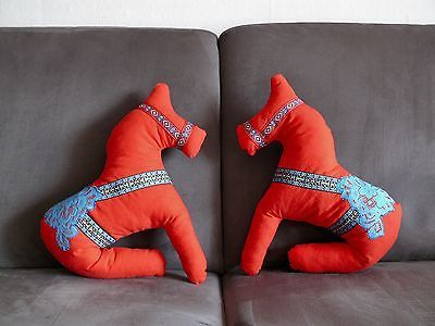 dala pferd dalarna pferd kissen deko schweden pferd schwedisch spielzeug rot r e d pinterest. Black Bedroom Furniture Sets. Home Design Ideas
