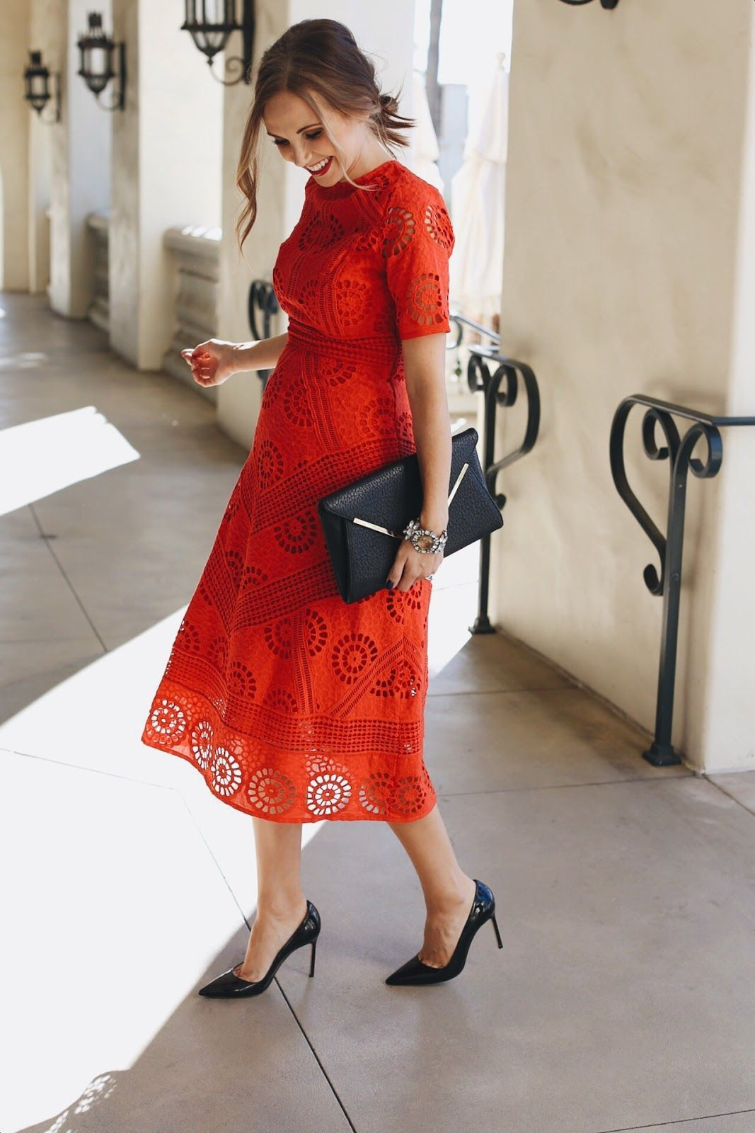 What To Wear To Your Husband S Company Holiday Party Merricks Art Holiday Party Fashion Holiday Outfits Red Lace Dress