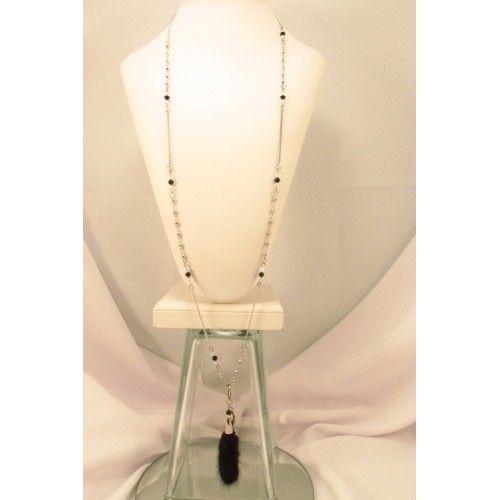 Collier long,fourrure de vison noir,chaînette,breloque. Création de bijoux cou de cœur artisanaux fabriqués au Québec.