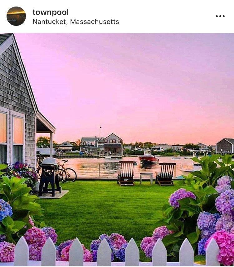 Nantucket, Massachusetts | Nantucket cottage, Beach ...