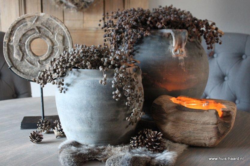 Antieke kruiken deco style pinterest haard decoratie en landelijk wonen - Deco eetkamer oud ...