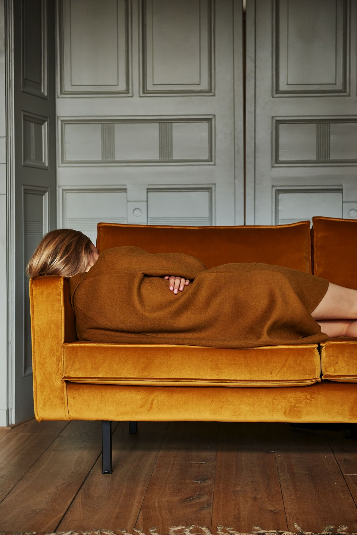 SISSY-BOY | FLOWING ELEGANCE | FW16 mustard yellow velvet sofa