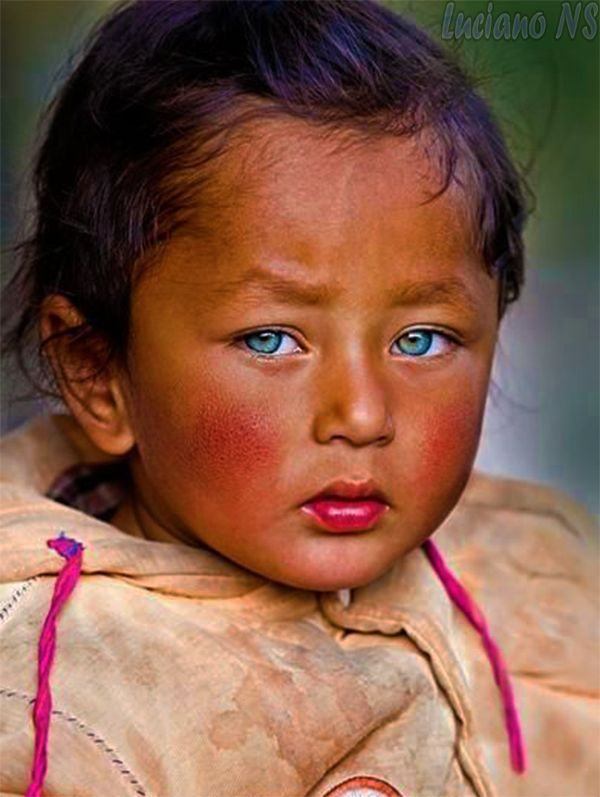 Beautiful Childhood Light Blue Eyes Asia Europe Beautiful