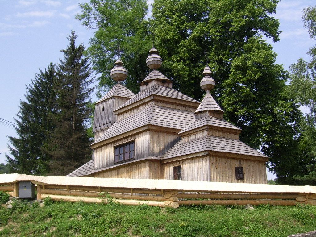 saint nicholas church in bodružal, wooden church in bodružal, wooden church, slovakia, cerkva sv. mikuláša