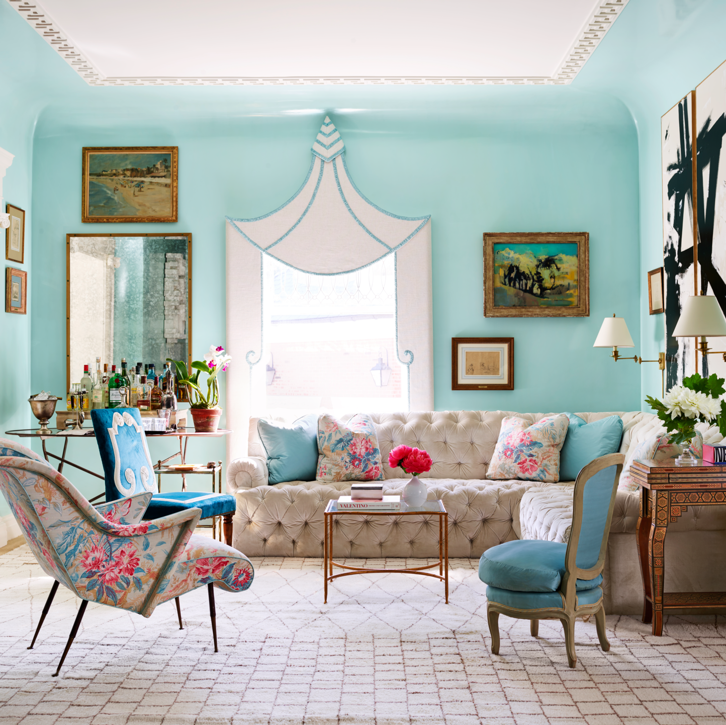 22 Eye-Catching Living Room Color Combinations That Will