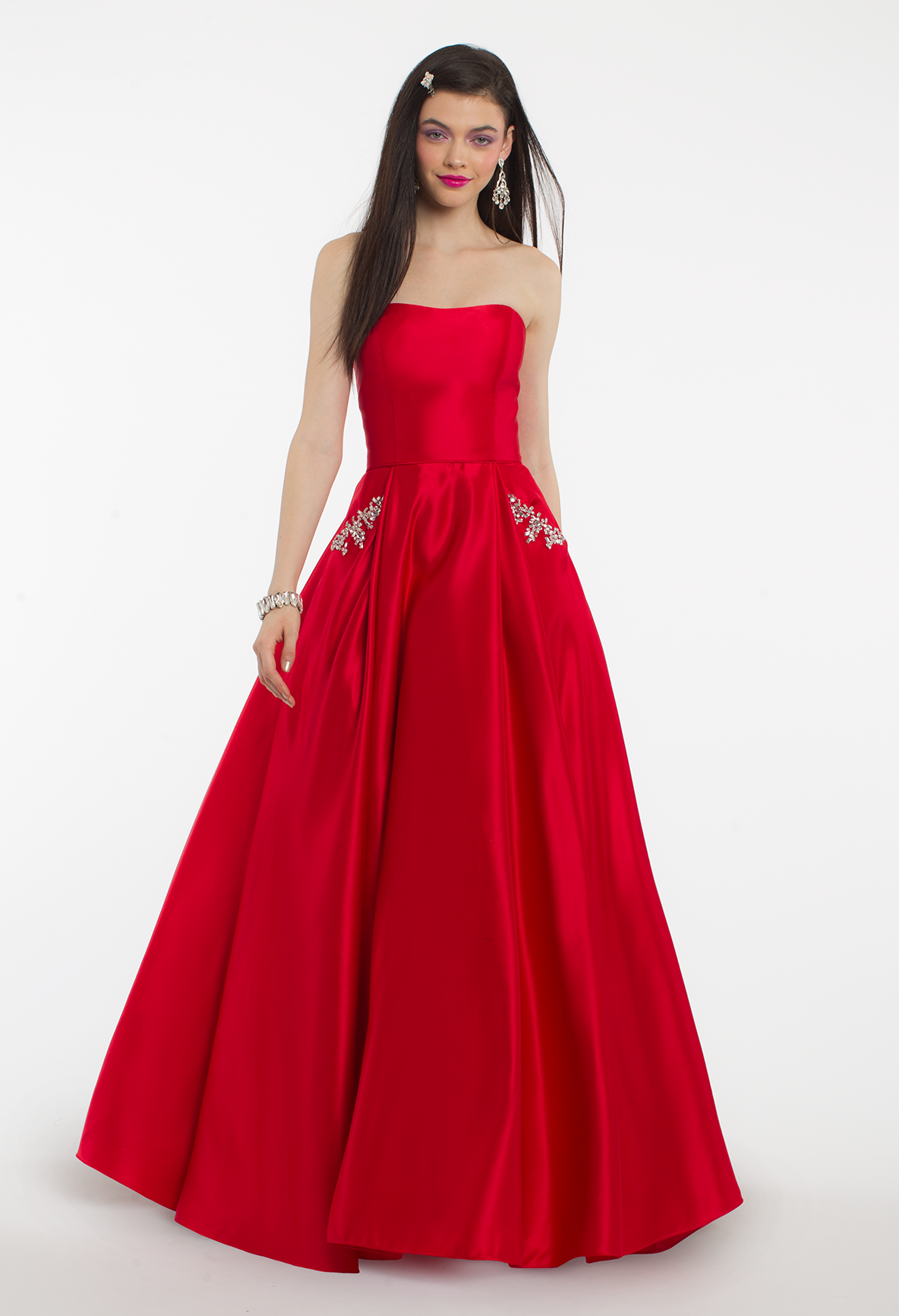 This ball gown dress is both sassy and sweet with its strapless