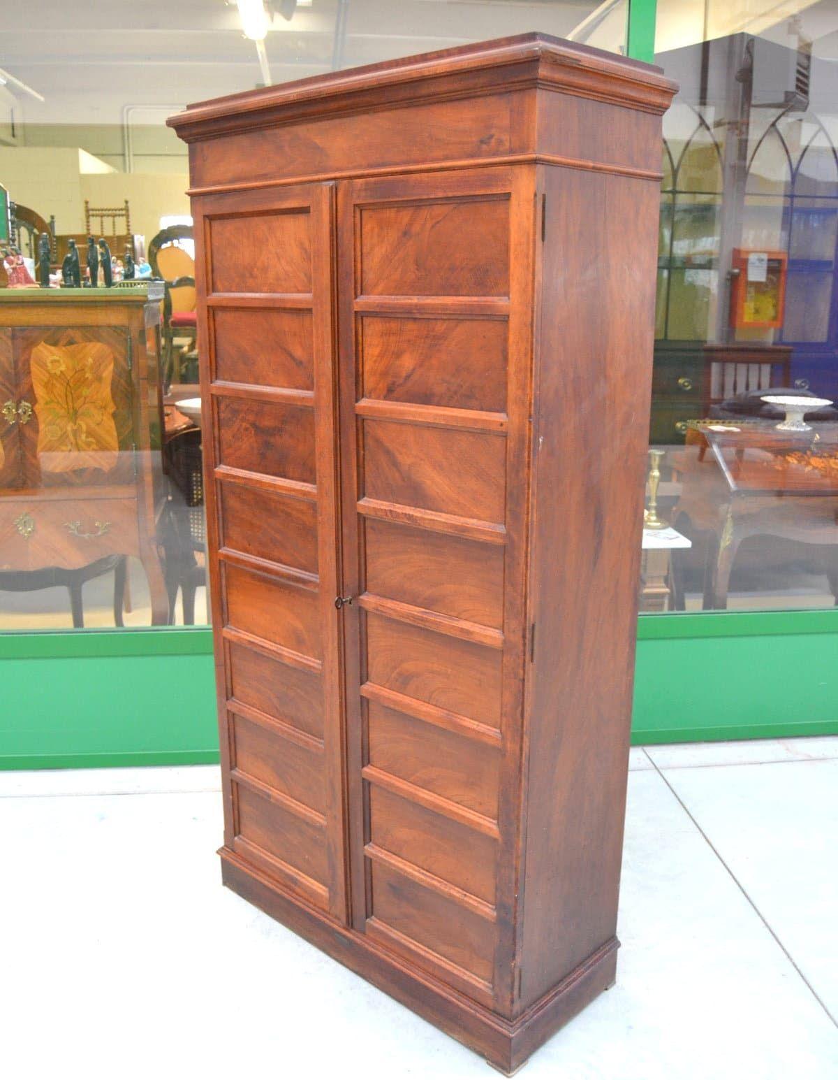 Armadio stipo archivio mobile da ufficio anni 39 20 in noce for Fenice design sedie ufficio
