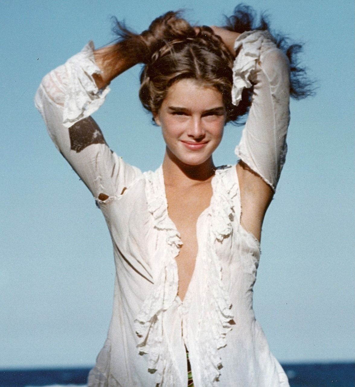 Poster Girls!: Photo in 2020 | Brooke shields, Brooke ...