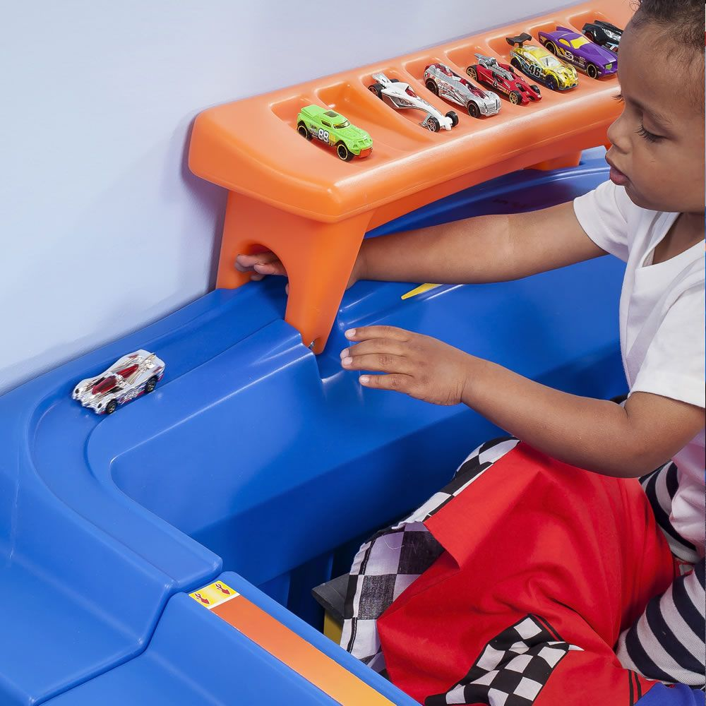 Hot Wheels™ ToddlerToTwin Race Car Bed™ Car bed, Race