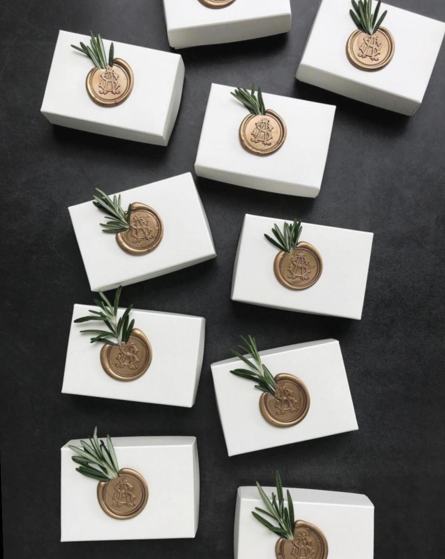 18+ Gift Packaging DIY Wedding Favours