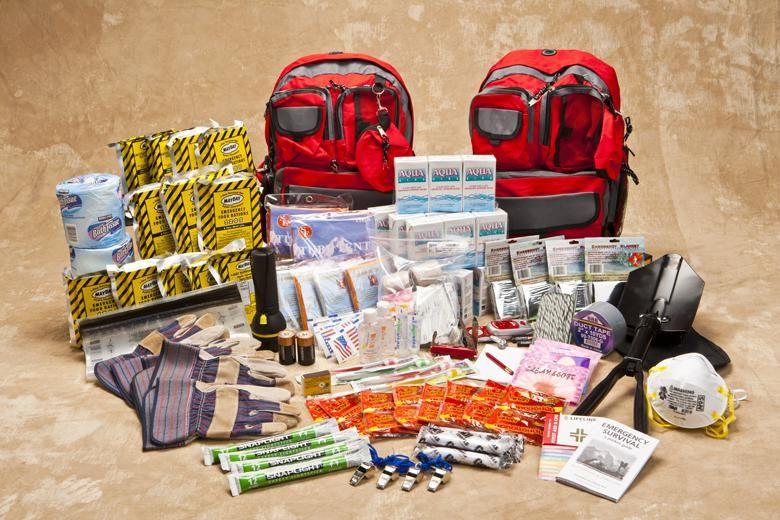 Emergency evacuation kit for 4 expedition basic