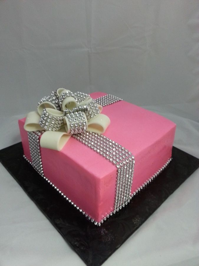 Cake Decorating Ribbon Ideas : Glam Ribbon , gift box Cake cake decorating ideas ...
