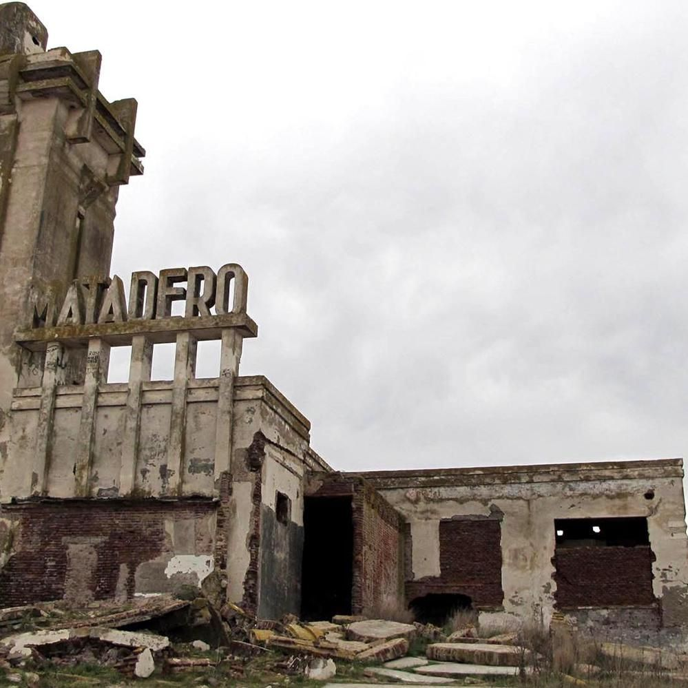 En 1985 Una Inundaci N Dej En Ruinas A Un Pueblo Tur Stico  # Muebles Epecuen