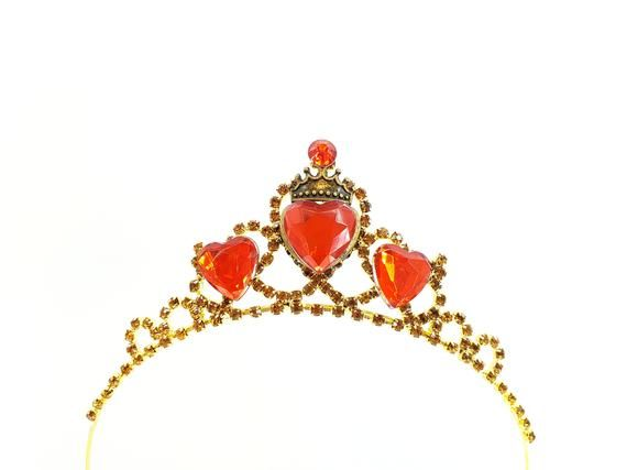Red Heart Crown Evie Descendants 3 Crown, Disney Descendants 3 Tiara ,Evie costume,Evie Gold Tiara Red Heart Crown Descendants #descendants3
