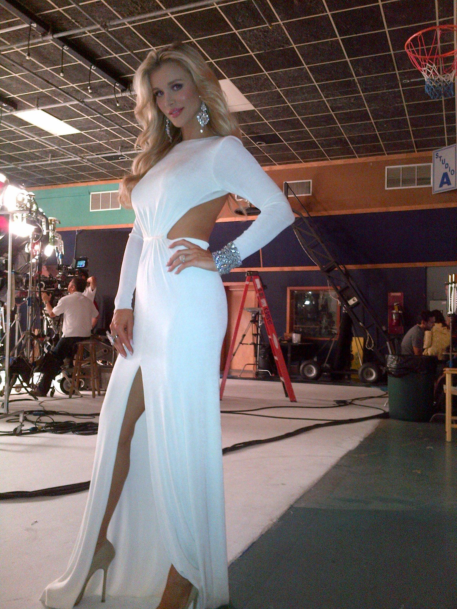 Joanna krupa the real housewives of miami opening credits in