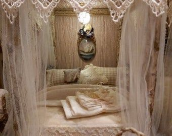 Carved Wooden Headboard Poster Canopy Bed