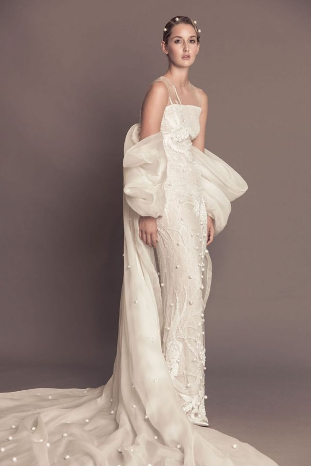 Non-Traditional Wedding Dress Winter