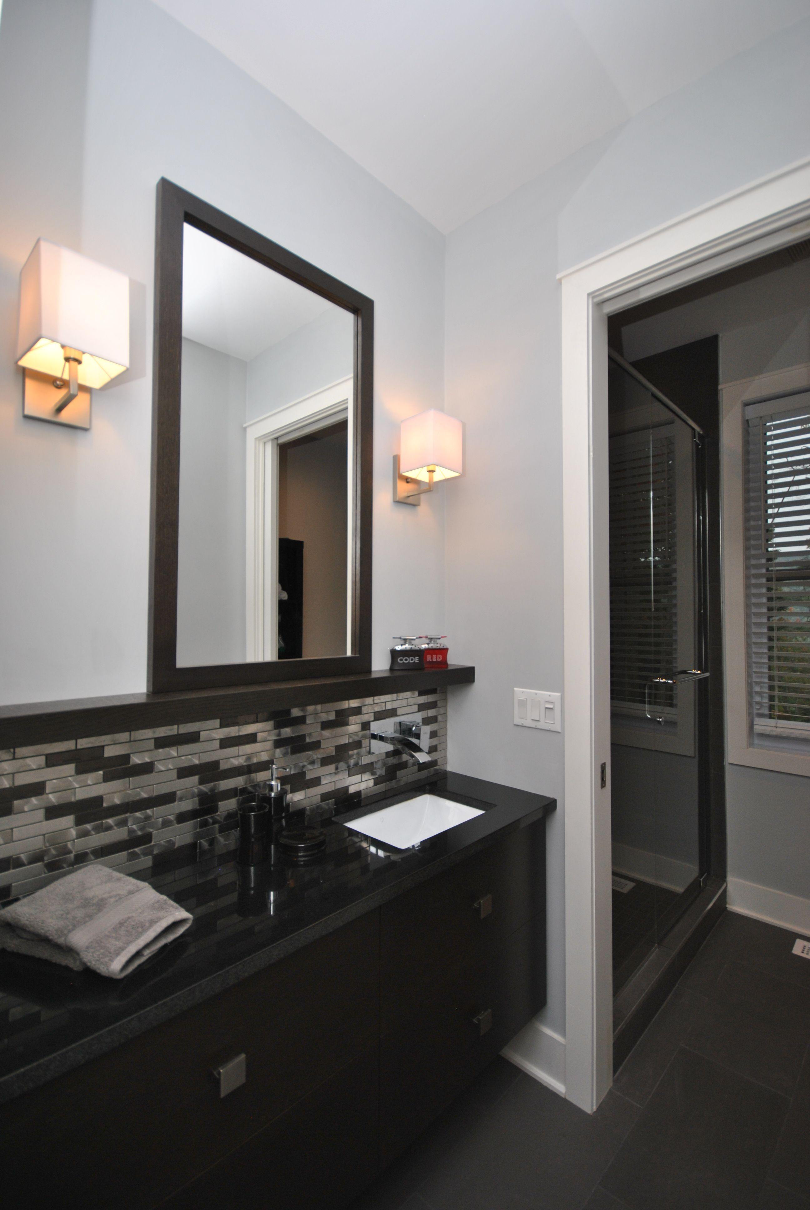 Meuble De Salle De Bain Masculin Avec Ses Choix De Couleurs Fonce Tant Pour Le Meuble Que La Cerami Bathroom Renovations Framed Bathroom Mirror Bathroom Mirror