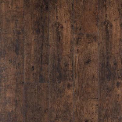 Pergo Xp Rustic Espresso Oak Laminate Flooring 5 In X 7 In