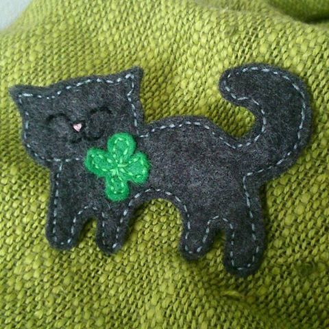 Cat with lucky clover brooch. Ready to Ship ONE by Madebydolly