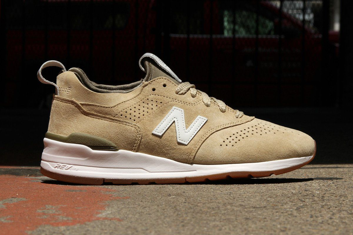 New Balance's New 997s Are a Prime Choice for Clean, Earth-Toned Kicks
